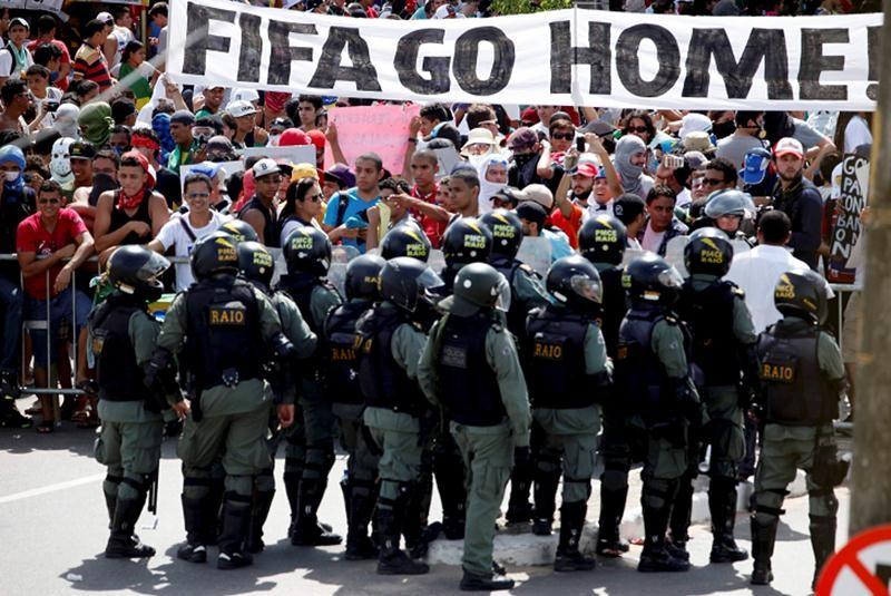 brasil_protestas_CARR-movil