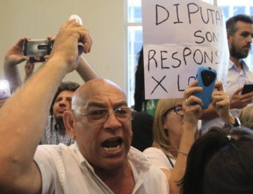 En una sesión escandalosa, Cambiemos dio dictamen a la Reforma Previsional