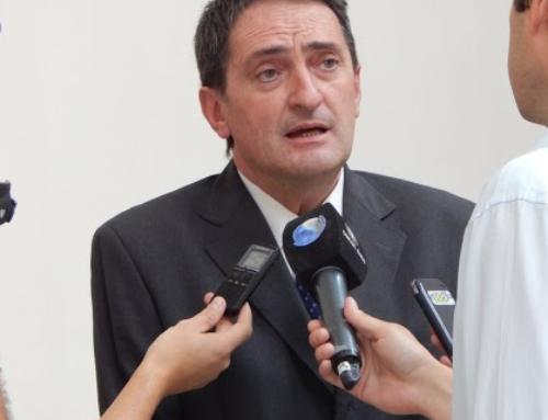 Vidal quiere que se implemente la inscripción online para escuelas de la provincia
