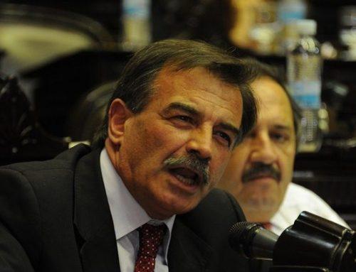 Diputado radical dice que «no encuentra motivos» para votar en contra del proyecto de Deuda