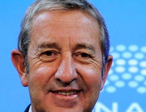 Señales políticas para respaldar la renegociación de la deuda Por Julio Cobos
