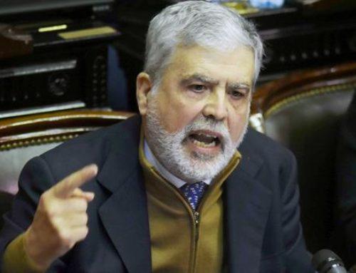 Accede a los dos expedientes judiciales que piden el desafuero de De Vido a la Cámara de Diputados