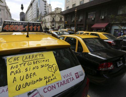 La legislatura porteña aprobó una ley para restringir Uber en la Ciudad