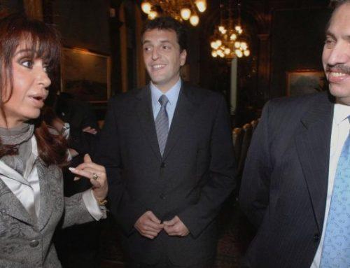 """""""A Cristina le niegan viajar y Massa se fue de viaje"""" por Claudio Hugo Naranjo"""