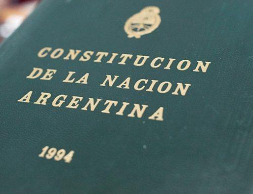 Por una nueva ley, alumnos de tercer año deberán jurar lealtad a la Constitución Nacional