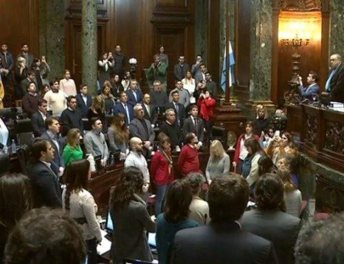 En la sesión de la Legislatura porteña también se recordó a las víctimas de la AMIA