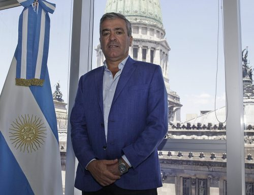 Cano asumió como presidente de la comisión de Transportes, en reemplazo de Olivares