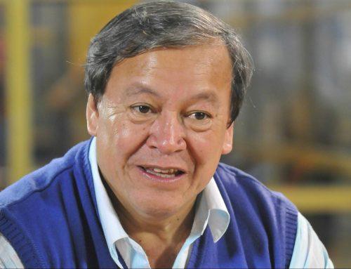 Para Héctor Flores, «el voto castigo puede ser revertido»