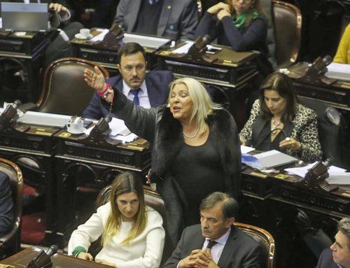 A pesar de las críticas por sus polémicos dichos, Macri confía en Elisa Carrió y liderará la campaña