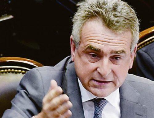 Agustín Rossi: «No tenemos ningún compromiso con el proyecto de reperfilamiento de deuda»