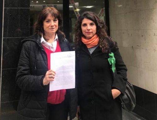 Dirigentes de la Izquierda presentaron una denuncia penal por discriminación