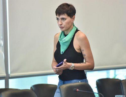 Diputada Mayra Mendoza revolucionó las redes con su tatuaje de Néstor Kirchner
