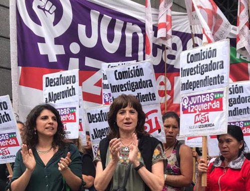 Protesta en las puertas del Senado: piden el desafuero de Alperovich