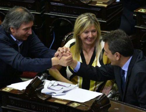 Se realizo la jura de los 130 diputados y  Sergio Massa fue electo Presidente de la Cámara
