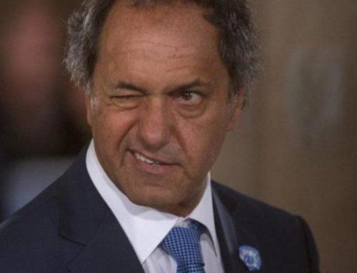 La oposición declaró inválida la sesión por la presencia de Scioli y estalló la polémica en el recinto
