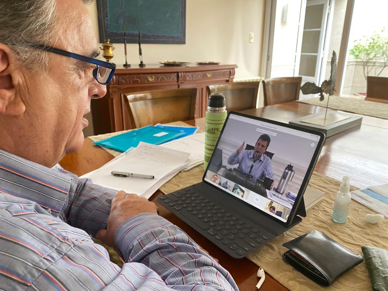 Negri durante la videoconferencia