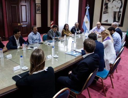 BUENOS AIRES – Juntos por el Cambio presentó al gobernador Kicillof propuestas de trabajo para enfrentar al Coronavirus