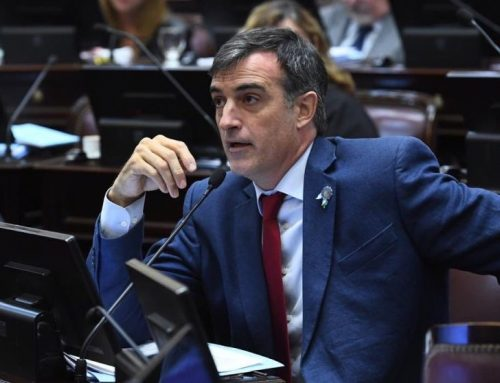 Oposición en el Senado presentará nuevo proyecto para que trabajadores esenciales cobren una suma fija
