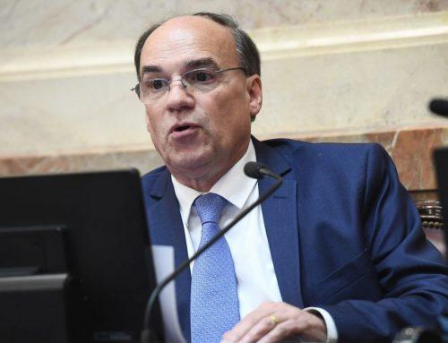 Blanco pidió la renuncia de la defensodra del público de la nación, Miriam Lewin