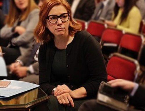Diputada Karina Banfi: «A Kicillof le queda grande el saco de Gobernador»