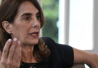 Bielsa expuso ante los senadores y calculó que en Argentina «hay un déficit de 3.600.000 unidades de vivienda faltantes»