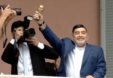 Senadores y diputados también se sumaron al eco de despedidas a Diego