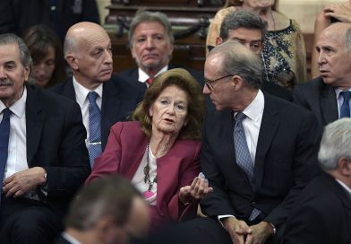 Masivo rechazo de la oposición al proyecto que propone la creación de un «Tribunal Intermedio» de Justicia