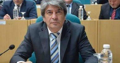 SANTA CRUZ – Garrido pide vacunar de manera urgente a los vecinos con enfermedades preexistentes